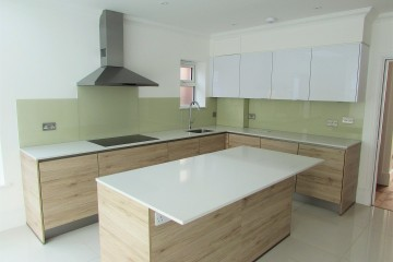 Coloured Splashback - Pastel Green