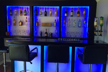 Bar - Glass Shelves