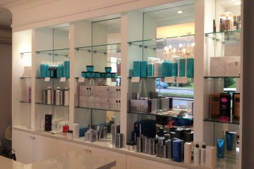Salon - Glass Shelves with Mirror Splashbacks